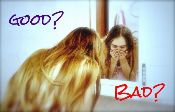 洗顔している女性good